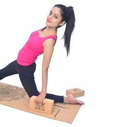 Grip Cork Yoga Mat 5 mm with 2 Cork Yoga Brick